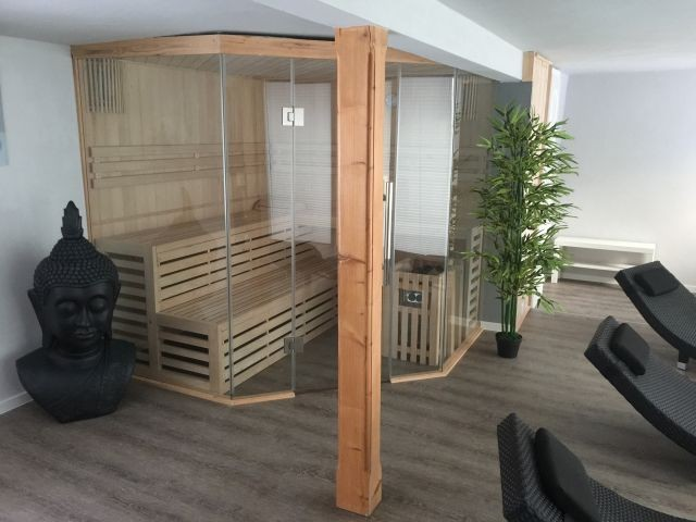 Saunabereich (buchbar)