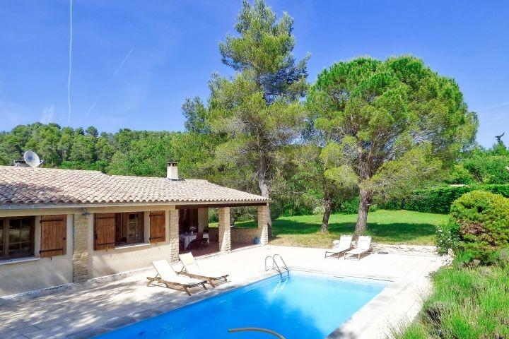 Ferienhaus mit Pool bei Ménerbes in der Provence