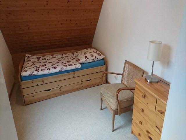 Schlafzimmer 2 mit Klappbett