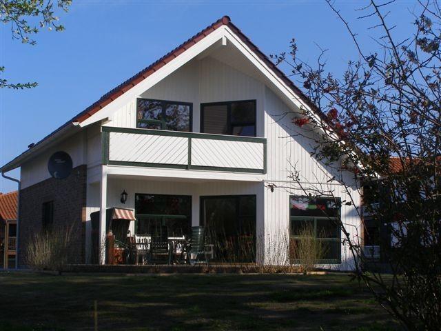 Musterhaus. Vermietung ab 01.07.2018