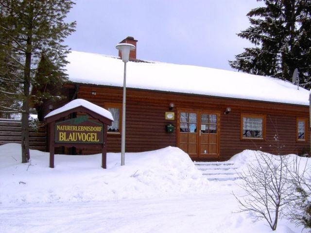 Gemeinschaftshaus im Winter