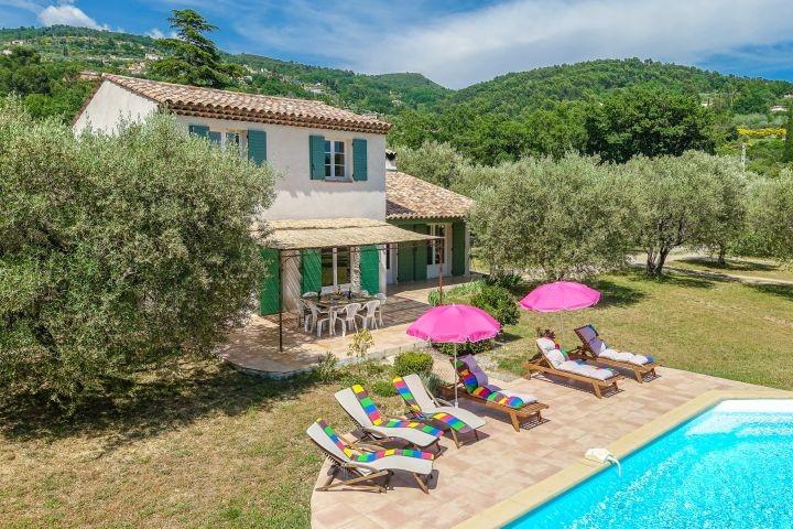 Ferienhaus mit Pool im Hinterland von Cannes in der Provence