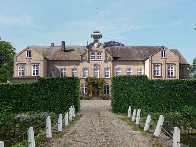 Herrenhaus vom Gutshof