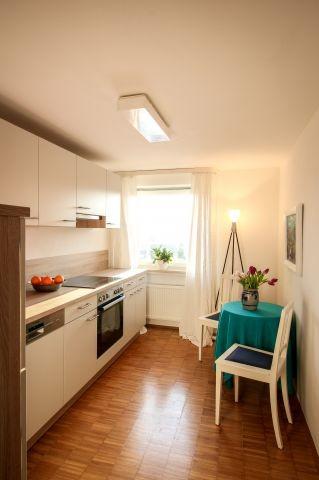 Küche mit Platz für den kleinen Kaffee zwischendurch