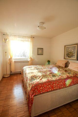 gemütliches Schlafzimmer mit Rosshaarmatratze