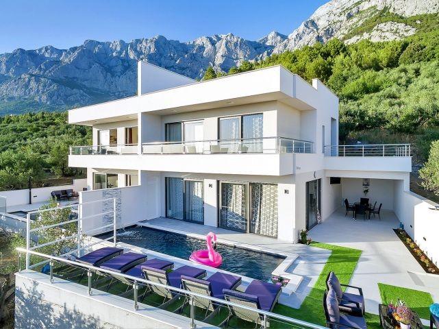 modernes ferienhaus mit pool und meeblick  ruhiger lage