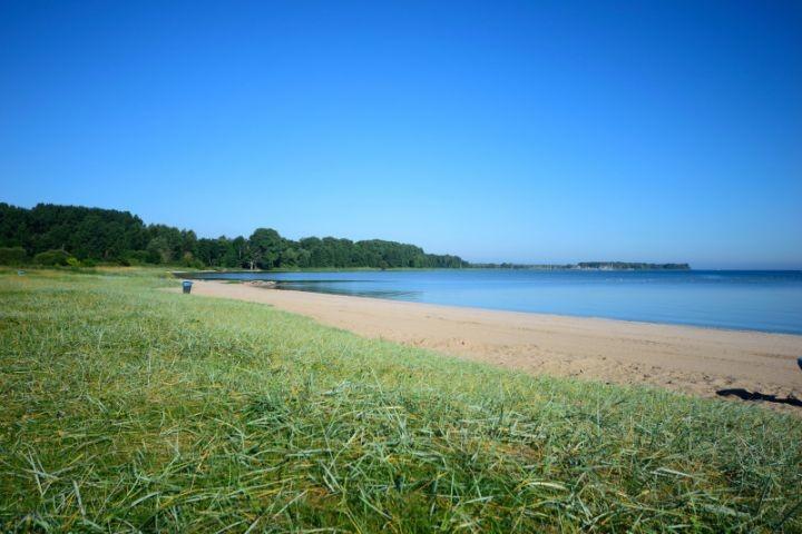 Strand Zierow beacht und flach abfallend 100 m