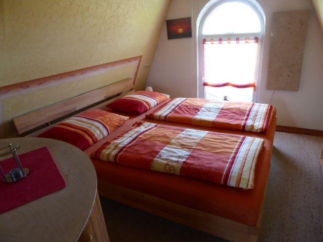 Doppelbett im Obergeschoss