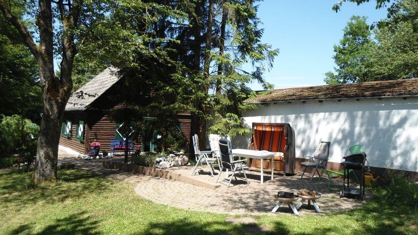 Terrasse mit Grillplatz