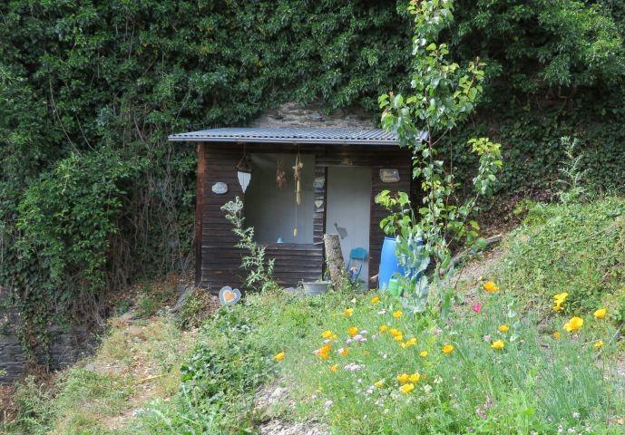 Herzhausen im Garten