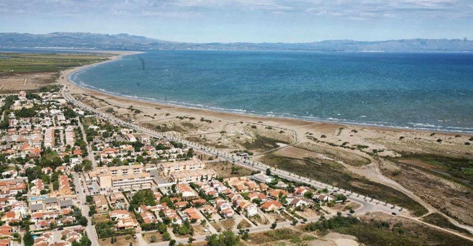 Die Feriensiedlung Riumar  direkt am Meer