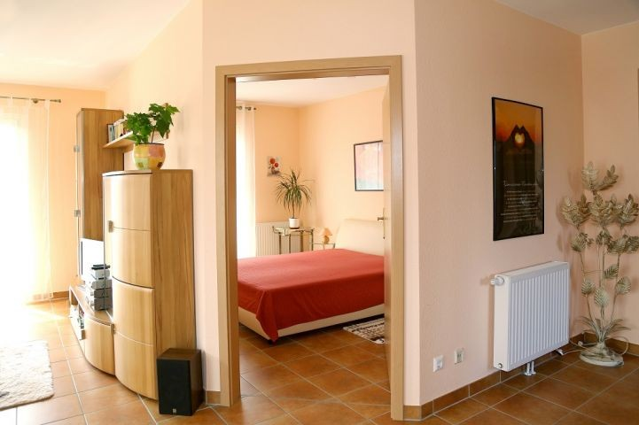 Blick ins kleine Schlafzimmer