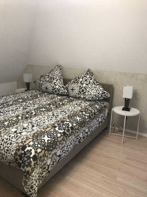 1. Doppelbett (Boxspringbett)Schlafzimmer im Obergeschoß