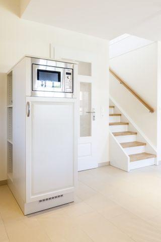 Kühlschrank mit Mikrowelle