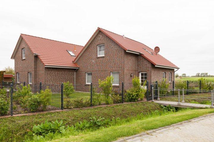 Häuser Backbord und Steuerbord