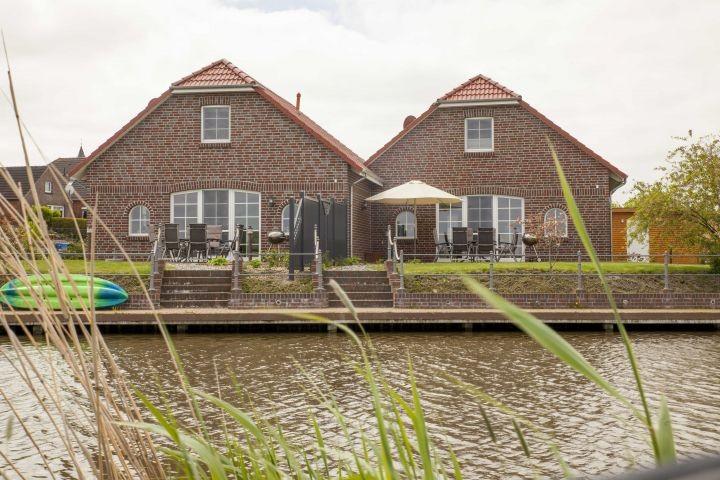 Häuser Steuerbord und Backbord