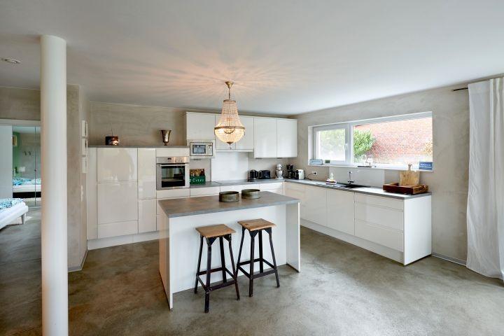 gut ausgestatteter Küchentempel
