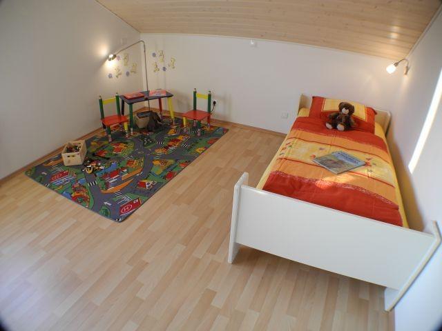 Kinderzimmer mit Kojenbett zum Ausziehen