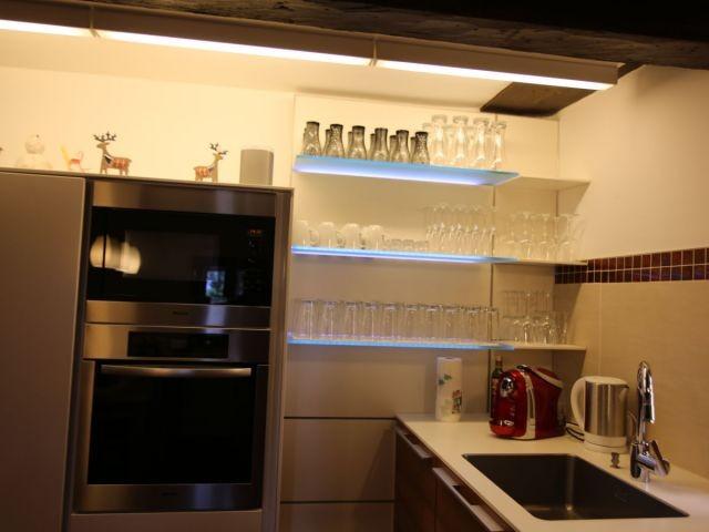 Hochwertige INTUO Küche mit Miele Geräten.