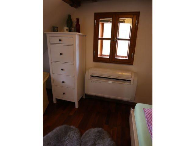Klimaanlage in den Schlafräumen.