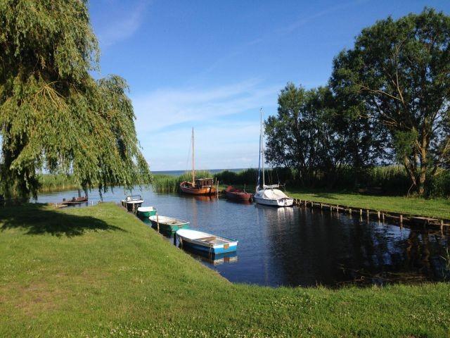 Naturhafen Gummlin (350 m entfernt)