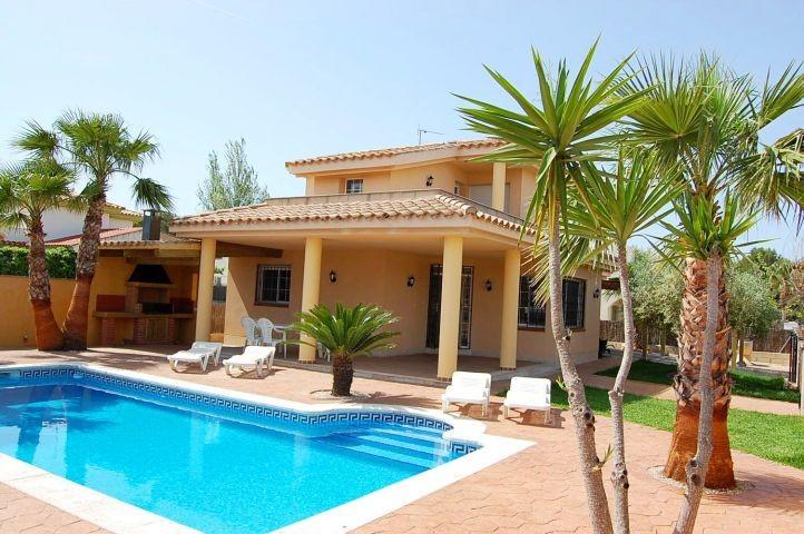 Exklusiv . Unsere Villa Alvaro mit Privatpool
