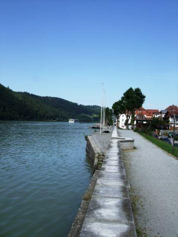 Donauufer-Promenade