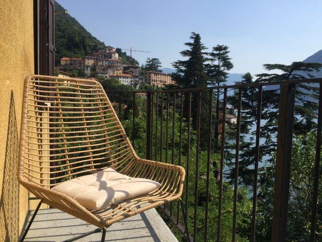 Jedes Appartement hat ein grosses Balkon mit weiten Seesicht