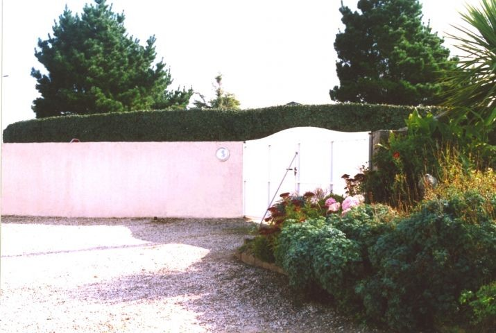 Die Einfahrt in den Garten