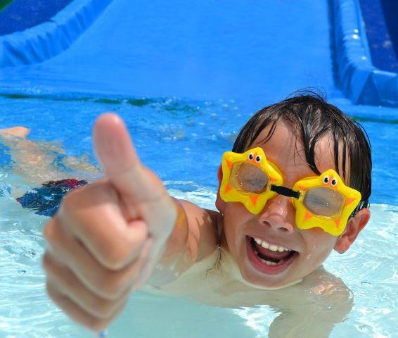 Beheitztes Schwimmbad Räthenbach 5 Minuten !