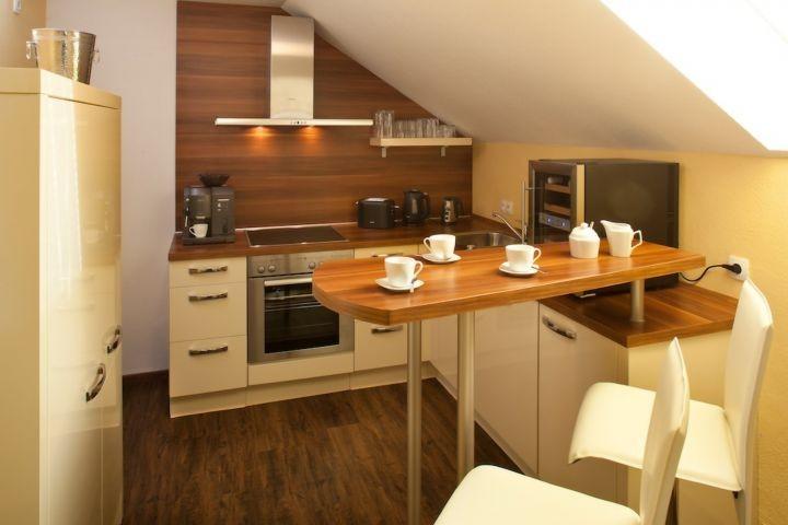 Küche mit Kaffeebar und allen Extras !