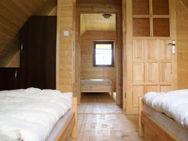 Die Schlafzimmer sind einzeln abschlissbar sind.