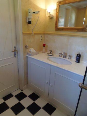Badezimmer im Erdgeschoss (mit Fußbodenheizung)