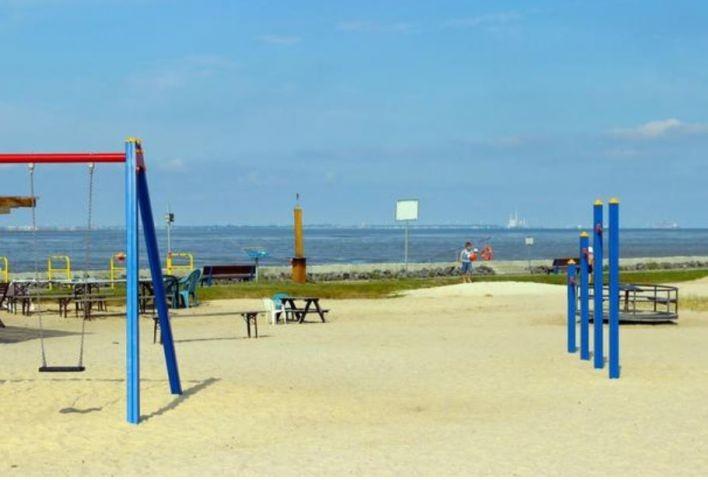 Spielplatz am Strandbad (Foto mit frdl. Genehmigung von Watt-Lodge-Sehestedt)