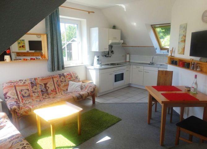 Wohn- und Essbereich mit Küche