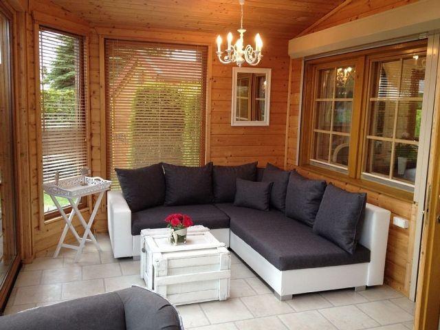 Lounge-Sitzecke im Wintergarten