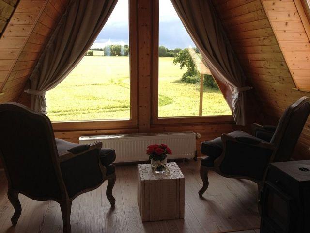 Grandioser Ausbllick vom Relax-/Lesebereich im Panoramazimmer