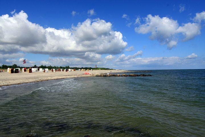 Der Behrensdorfer Strand hat auch einen Hundestrand