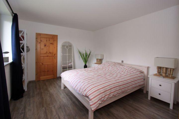 Elternschlafzimemr mit begehbarem Schrank