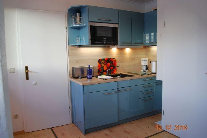 Blick zur Küchenzeile im Wohnraum
