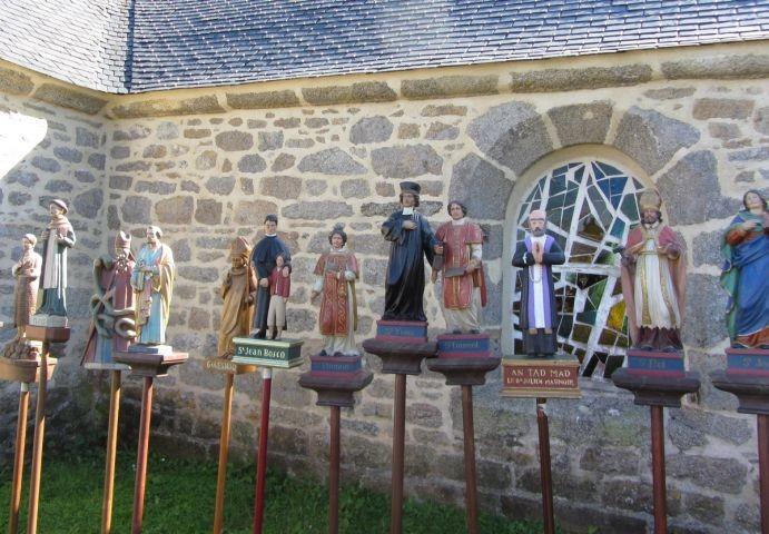 Jeder Jahr, 15. August ist die Vergebung und Troménie Petits Saints gehalten. Hier, Kapel St Michel in Plouguerneau