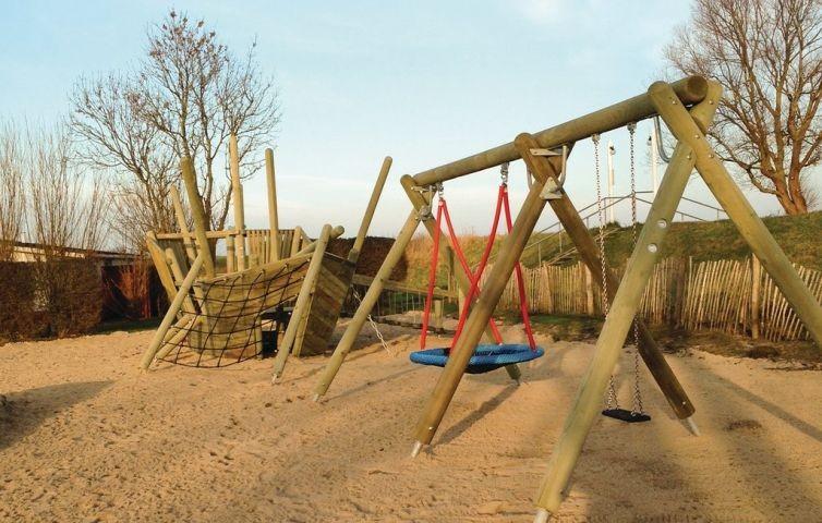 Neuer, großer Kinderspielplatz