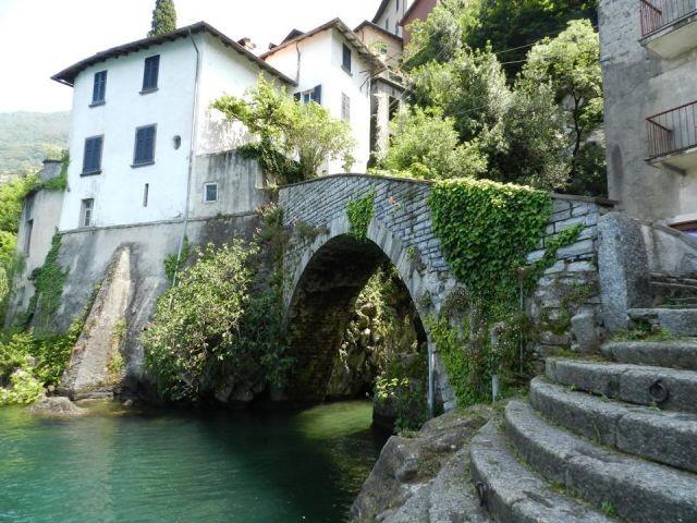 "Die Bruecke ""Ponte del Romano' beim Eingang"