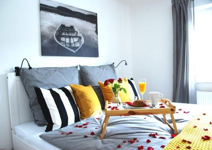 Frühstück im Bett (1,80 x 2,00 m) vielleicht?
