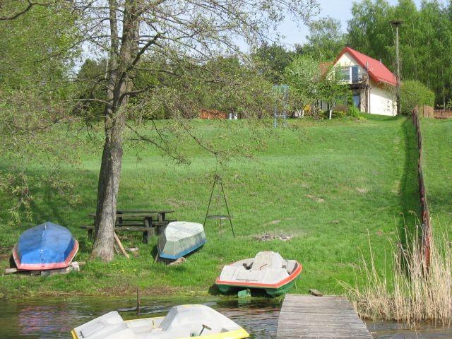Haus mit Blick vom See
