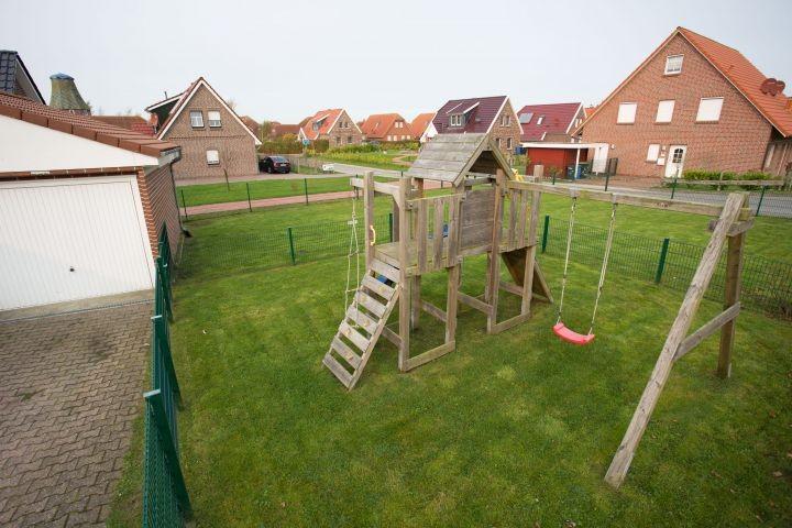 Hauseigener Spielturm