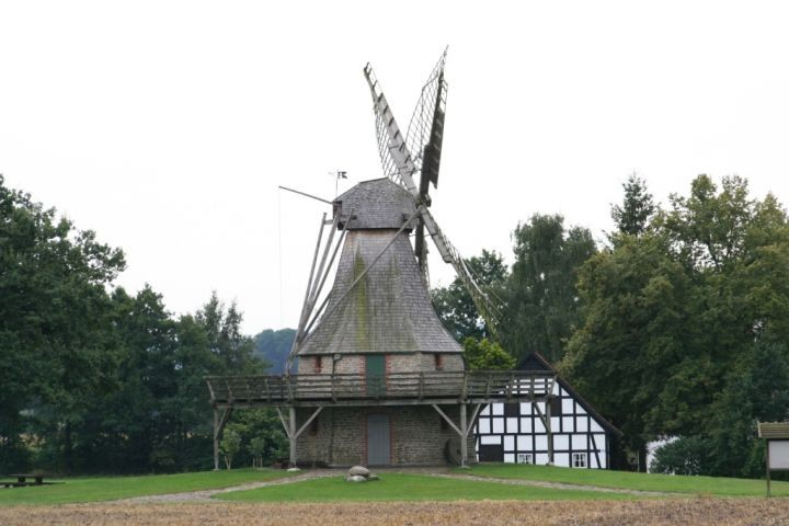 Windmühle in Levern