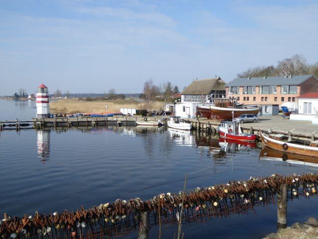 Hafen von Waase 400 m von der Ferienwohnung entfernt