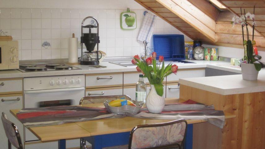 Komfortabl und sehr gut ausgestattete Küche