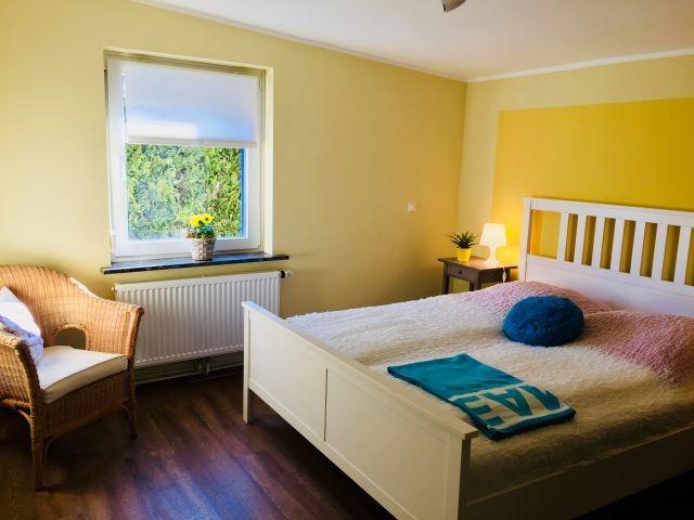 Doppelbett Schlafzimmer (200x160)